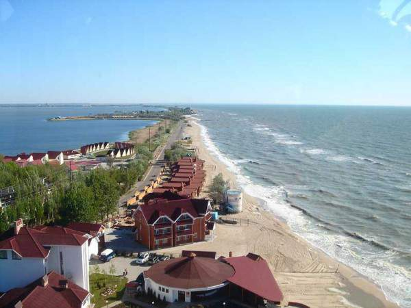 Отдых на Азовском море с выездами из Харькова