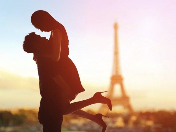 Путевка в Париж для двоих