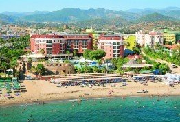 Club-Insula-Hotel-iz-harkova